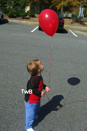 Calvin and his balloon