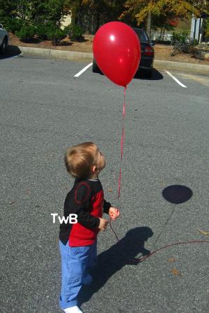 Calvin and his balloon